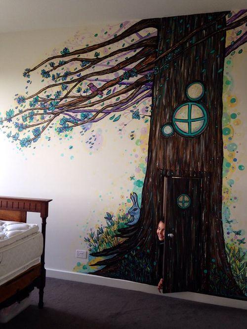Mia mural